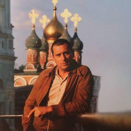 Prominent Robert De Niro