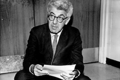 Author Barry Commoner