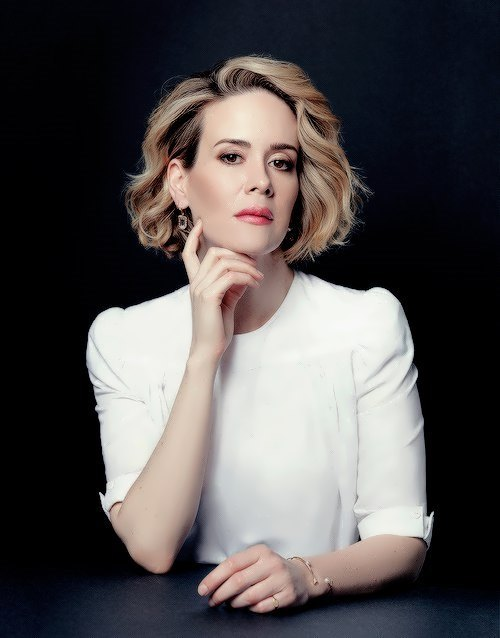 Graceful Sarah Paulson