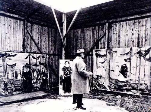 Munch in his open air studio