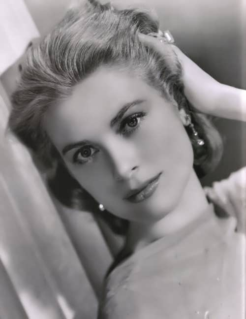 Prominent Grace Kelly