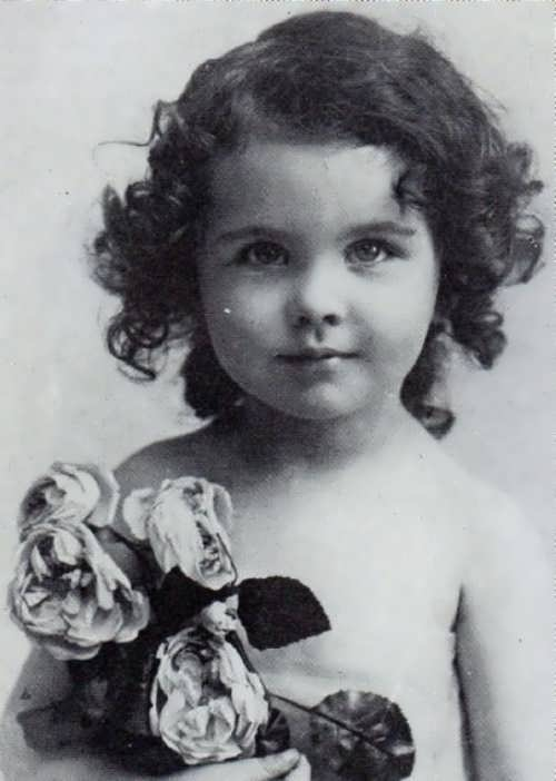 Vivien Leigh in her childhood