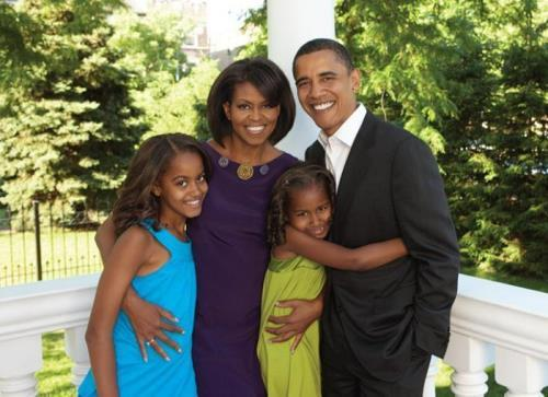 Barack, Michelle Obama and their daughters