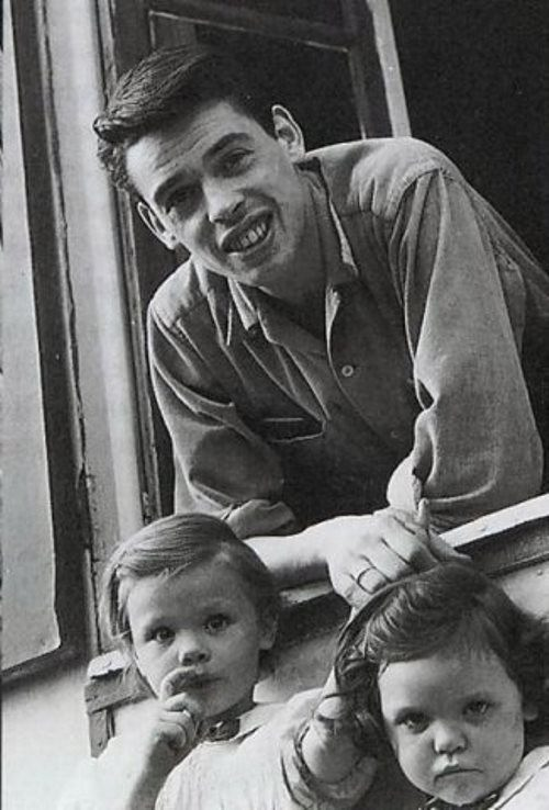 Jacques Brel and children