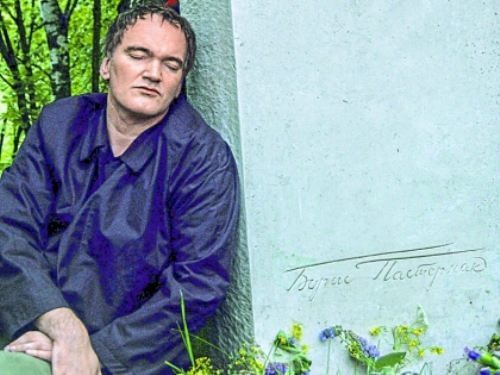 Quentin tarantino at the grave of Boris Pasternak