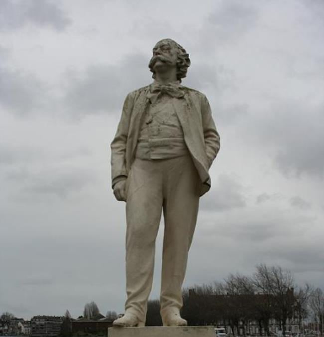 Monument to Gustave Flaubert