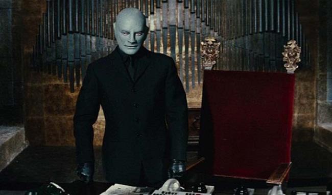 Jean Marais in the film Fantomas