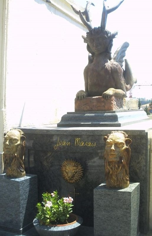 Tomb of Jean Marais