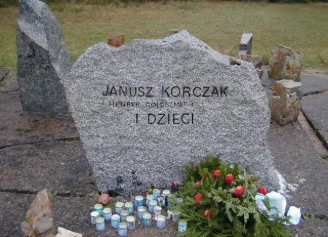 Tombstone on the grave of Janusz Korczak
