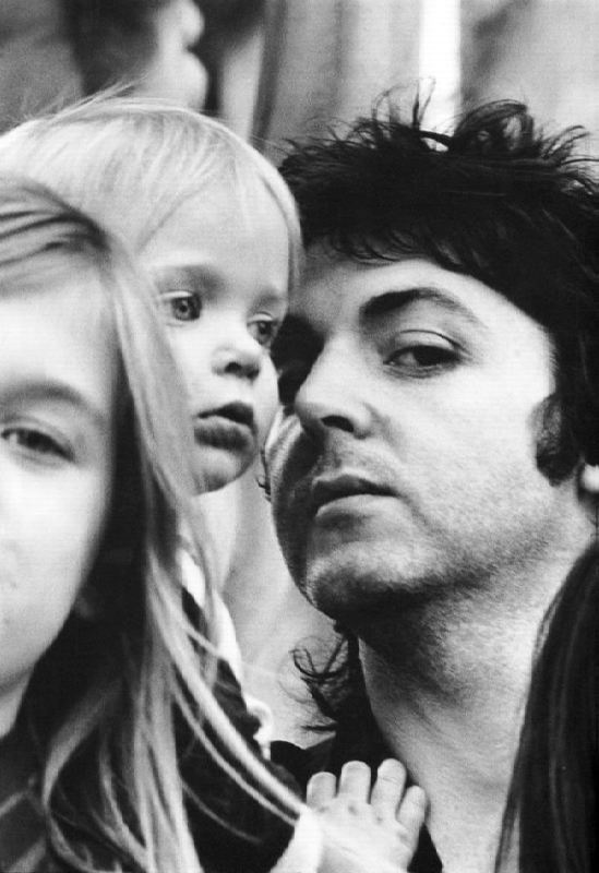 Heather, Stella and Paul McCartney