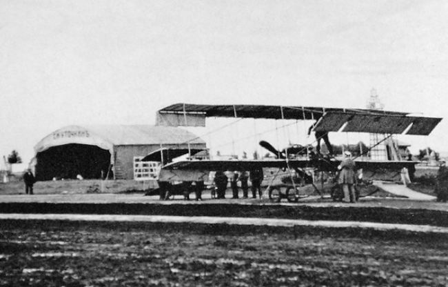Plane Farman-IV and the hangar of S.I. Utochkin at the Moscow racetrack. May 1910