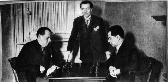 Alekhine vs Capablanca, 1927