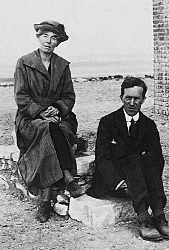 Gertrude and Thomas Edward Lawrence (Lawrence of Arabia) in Cairo at a conference on the future of Egypt. 1921