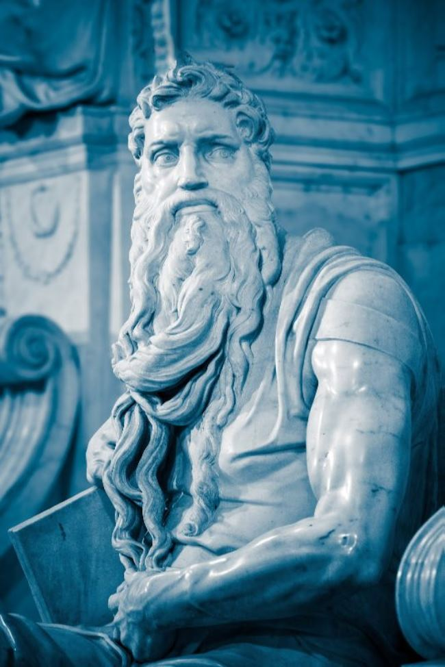 Moses by Michelangelo, Detail